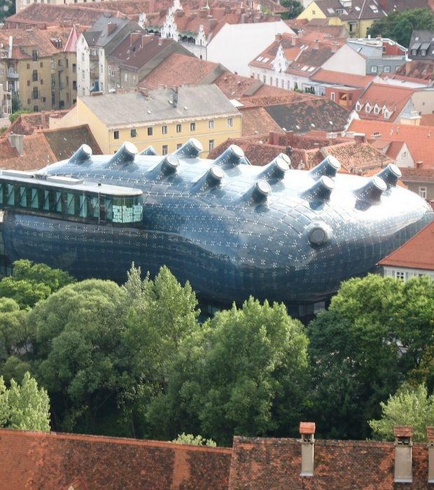 Das Kunsthaus und die Murinsel in Graz