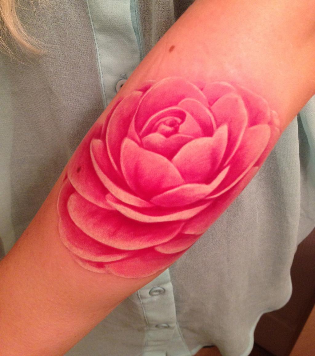 Blumen-Tattoo: 20 blumige Tattoo-Ideen für jede Körperpartie
