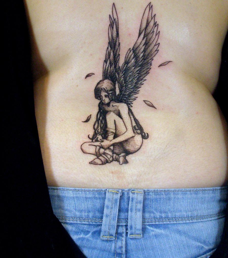 Engelsflügel und Engel: 20 Tattoo-Ideen für alle Körperstellen