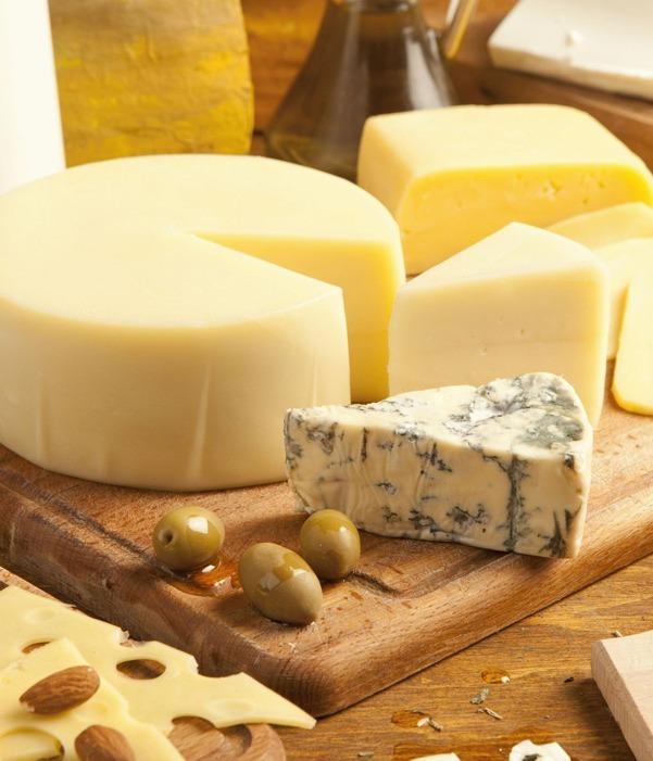 Achtung bei Käse: Diese beliebten Sorten schaden deiner Gesundheit