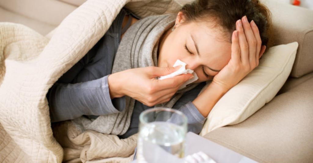 Schnelle Hausmittel gegen Schnupfen und Erkältung