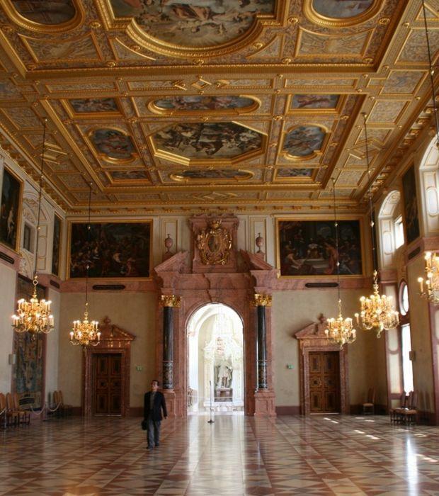 Die Münchner Residenz, das Stadtschloss der Wittelsbacher