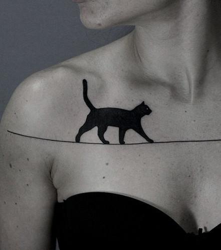 13 surrealistische Tattoos