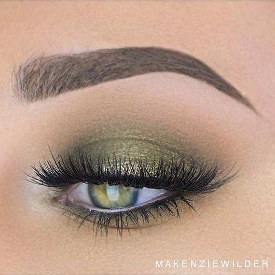 Grün, grün, grün ist alles, was ich habe: 25 Gründe, sich die Augen grün zu schminken