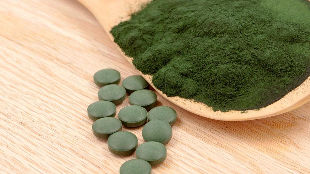 Spirulina - Gesundheitliche Vorteile: Wie man Spirulina richtig einsetzt, um Gewicht zu verlieren!