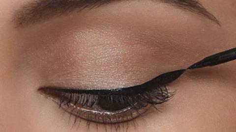 Wenn du den richtigen Eyeliner suchst, gibt es etwas, das du über deine Augen wissen musst!