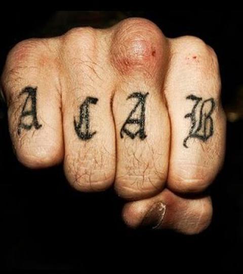 Knast-Tattoos: 13 furchteinflößende Tattoos und ihre Bedeutung