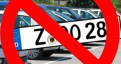 Verboten: Auto-Kennzeichen, Nummernschilder und Zahlen an deutschen PKWs