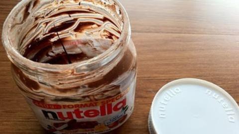 Eine geniale Idee: Das könnt ihr mit einem leeren Nutella-Glas machen