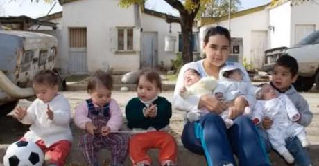 Pamella Villaruel: Mit 17 Jahren schon Mutter von 7 Kindern