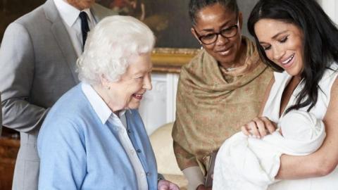 Der wahre Grund, warum die Queen nicht an Archies Taufe teilgenommen hat