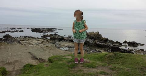 Vater fotografiert Tochter: Erst beim Vergrößern bemerkt er etwas Seltsames