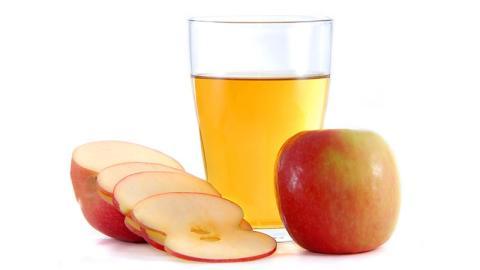 Hier sind alle wohltuenden Wirkungen von Apfelessig. Du wirst staunen