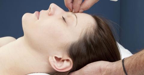 Hilft Hypnose dabei, besser zu schlafen?