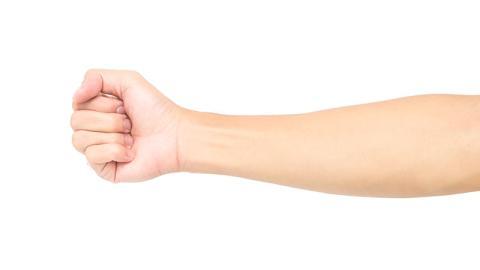 Das sagen die Linien an deinem Handgelenk über dein Leben aus