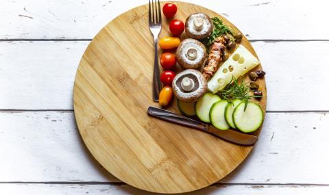 So wirken sich eure Essenszeiten auf euer Gewicht aus
