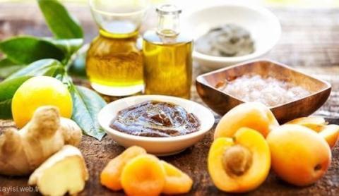 Aprikosenkernöl: Mehr Feuchtigkeit für sehr trockene Haut und Haare