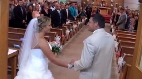 Brautvater singt seiner Tocher ein Lied zur Hochzeit und sorgt für Emotionen !