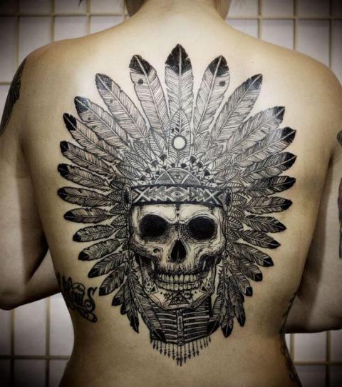 indianer tattoo 20 beeindruckende motive f r frauen. Black Bedroom Furniture Sets. Home Design Ideas