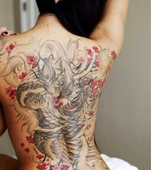 japanisches tattoo die 20 sch nsten japanischen. Black Bedroom Furniture Sets. Home Design Ideas