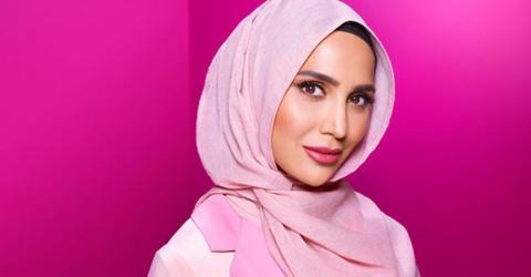 Amena Khan: L'Oréal-Model für Shampoo trägt Hijab