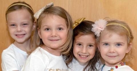 Vier süße Freundinnen - doch eine grausame Krankheit bedroht ihr Leben