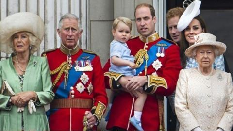 Diese Frau lässt kein gutes Haar an der königlichen Familie. Selbst Prinz George bleibt nicht verschont