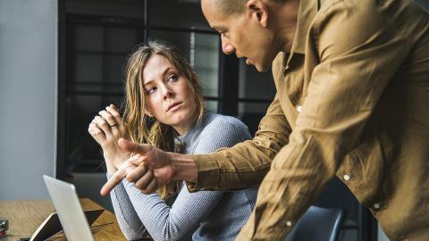 Neue Studie: Untreue Menschen sind auch im Beruf unzuverlässig