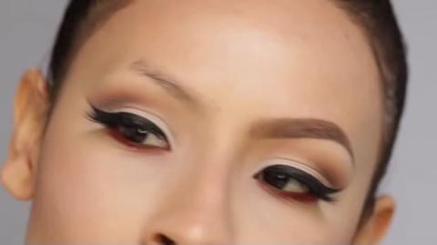 Wie kann man seine Augenbrauen perfekt formen? Mit dieser Methode erfahren Sie, wie Sie sich völlig anders schminken können.