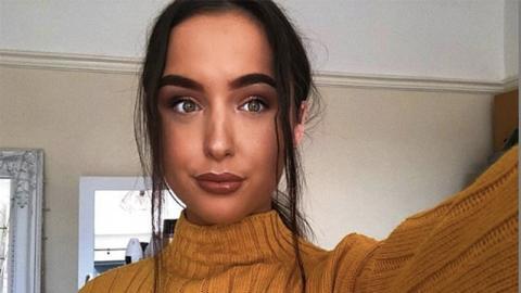 Mann beleidigt sie auf Tinder, doch das öffnet ihr die Türen zur Modelkarriere
