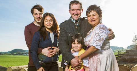 """""""Bauer sucht Frau"""": Baby-News in Narumols Familie"""