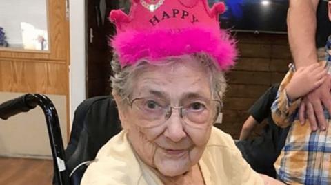 Medizinisches Phänomen: Trotz schwerer Organfehler wird eine Frau 99 Jahre alt