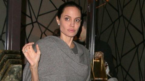 Angelina Jolie berichtet von ihrer Gesichtslähmung nach der Trennung von Brad Pitt