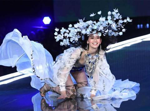 Victoria's Secret: Spektakulärer Laufsteg-Sturz eines Models