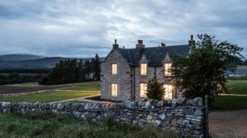 Die Besitzer dieses Hauses bieten 5.000 Euro im Monat für eine Gouvernante