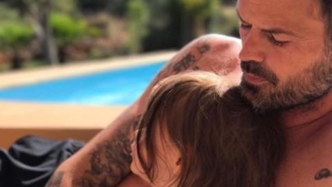 Ein Vater-Tochter-Selfie sorgt für Polemik im Netz