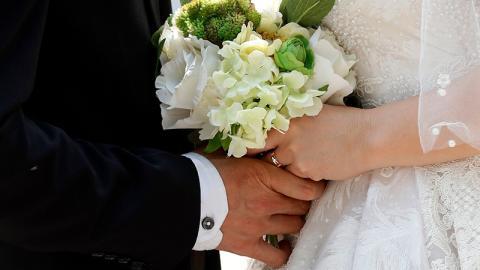 Hochzeit: Sie sagt ja - was dann passiert, schockiert alle Gäste!