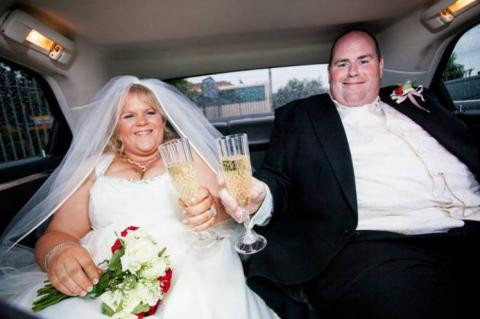 Hochzeitsfoto-Schock: Als ihr Mann dieses Bild sieht, ändert sich alles
