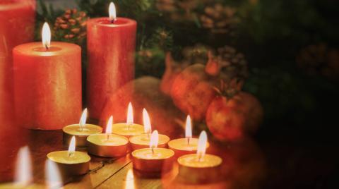 Winterzeit ist Kerzenzeit! So werdet ihr nervige Wachsflecken wieder los