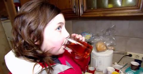 Hartz-IV-Tochter (11) zeigt Wohnung: Was das TV-Team in der Küche entdeckt, schockiert alle!