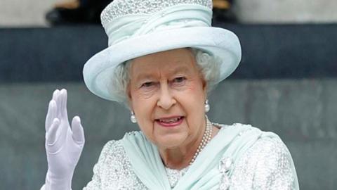 Das sind die strengen Regeln, an die sich die Queen jeden Tag halten muss