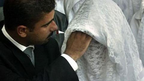 Saudi-Arabien: Er enthüllt bei der Hochzeit ihr Gesicht und reicht sofort die Scheidung ein