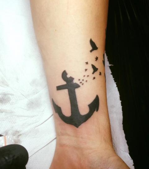 Bedeutung freiheit tattoo TATTOO