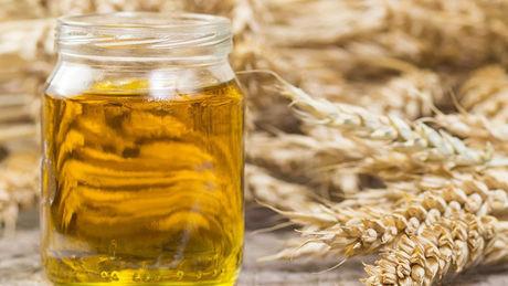 Weizenkeimöl: Wirkung für Gesicht, Haut und Haar
