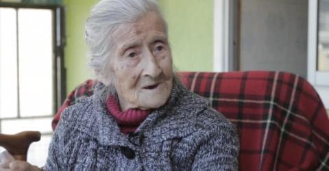 Mit 92 erfährt diese Frau, was sie 50 Jahre lang in ihrem Körper trug