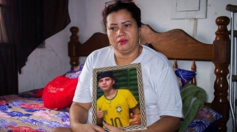 Diese Mutter geht über sich hinaus, um den Mörder ihres Sohnes zu finden