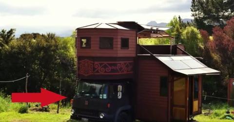 Diese Familie baut sich ein Haus auf dem Lastwagen, um Kosten zu sparen