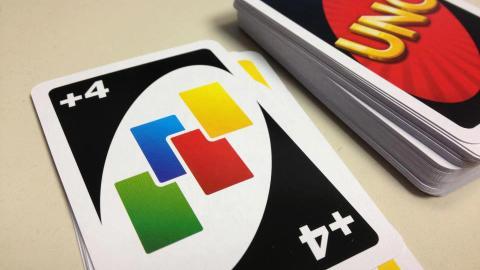 """Uno: Die wahre Regel, die hinter der """"+4"""" Karte steckt"""