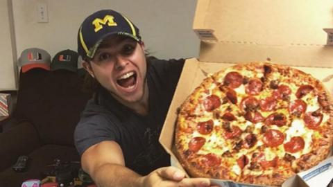 Ein Jahr lang Pizza essen: Was passiert mit dem Körper?