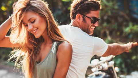 Zehn Anzeichen, dass dein Partner noch seine Ex liebt